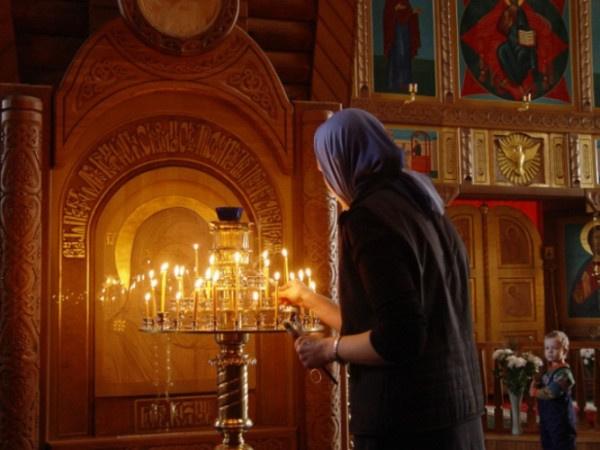 Жителька Тернопільщини просила дозвіл у Москві на збір коштів для побудови церкви